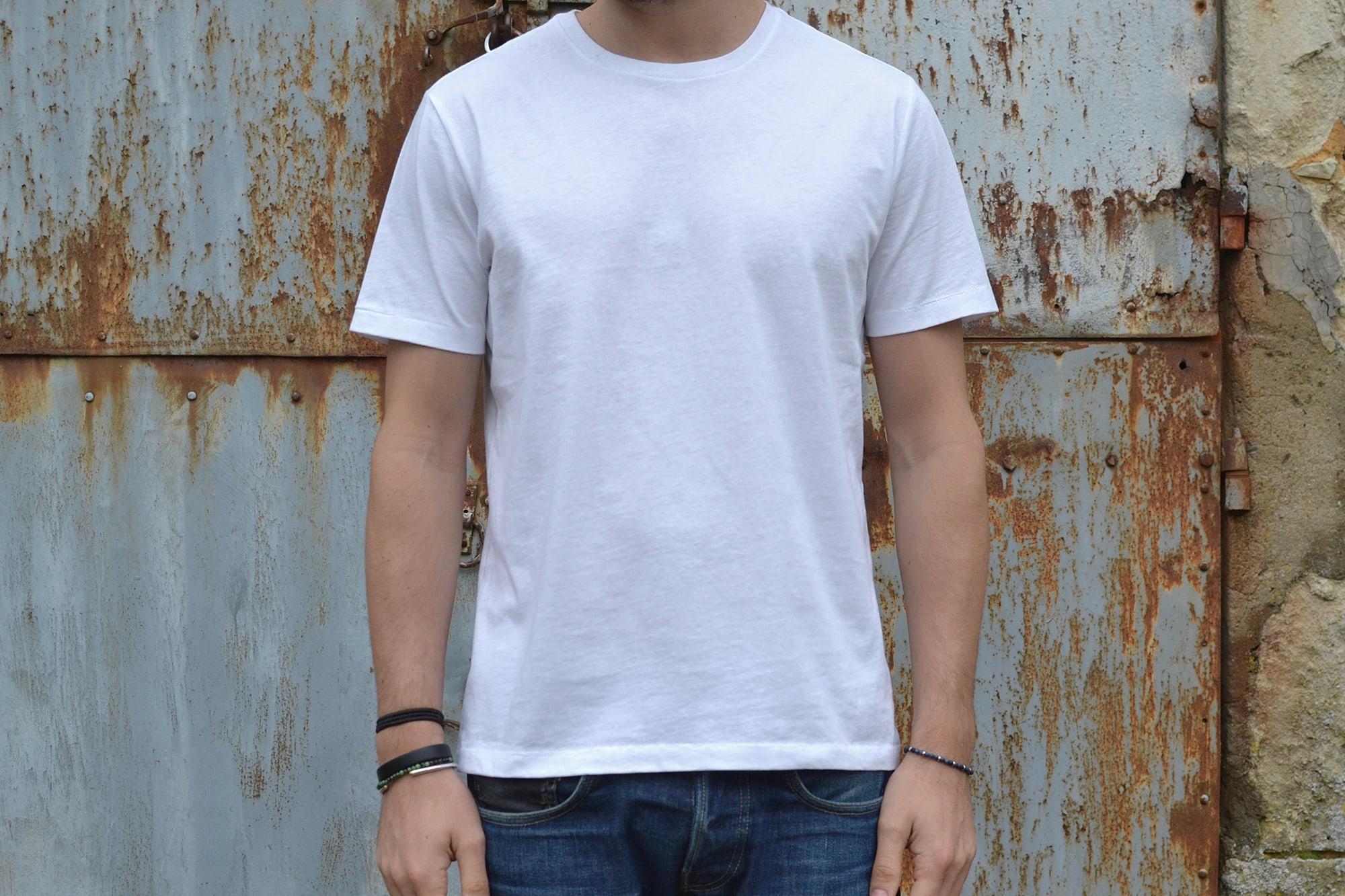 GAP un bon choix de tee shirt basique blanc pour un homme