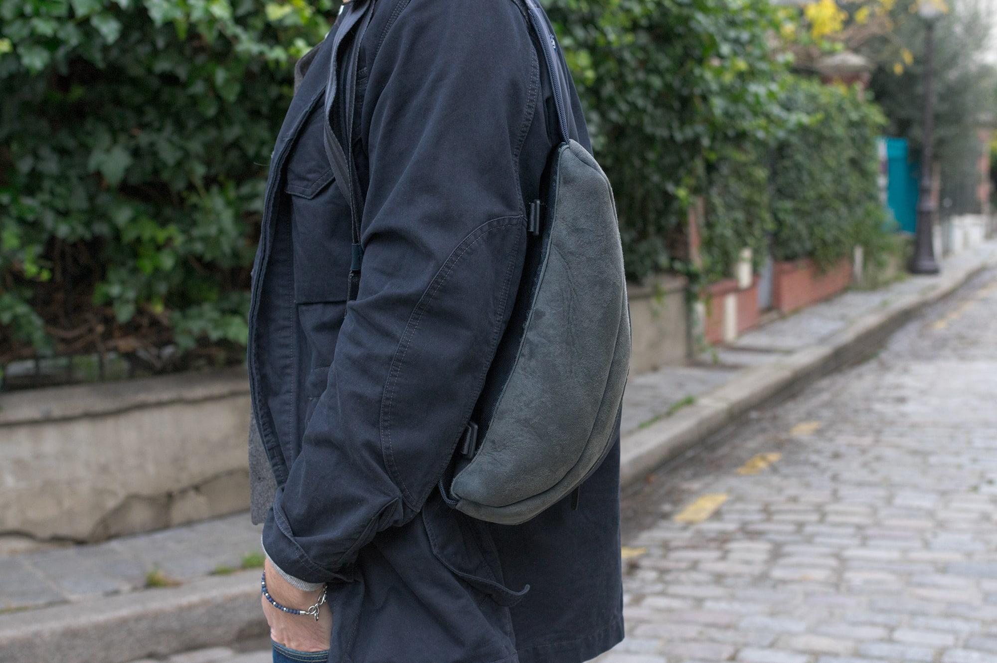 Comment porter une veste militaire et un gilet pour homme