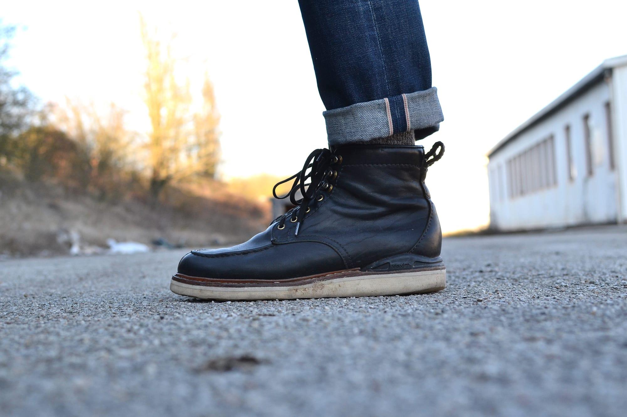 A.P.C New Standard butler denim jeans et Visvim Armiger folk boots
